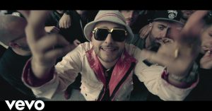 [Video Ufficiale] Rocco Hunt – Kevvuo'